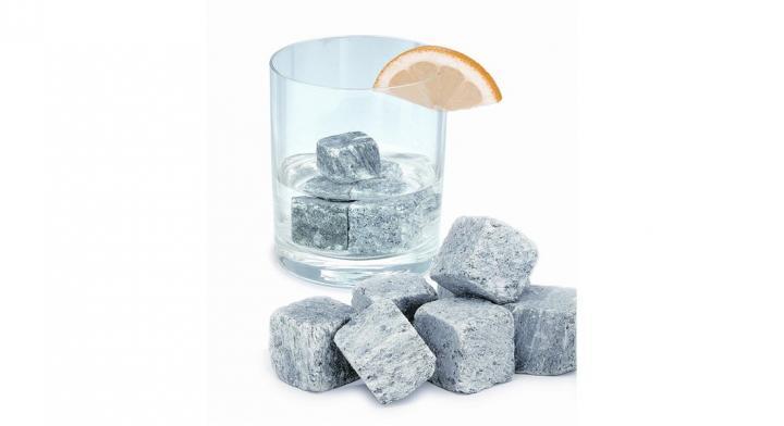 Rocas de hielo para enfriar bebidas