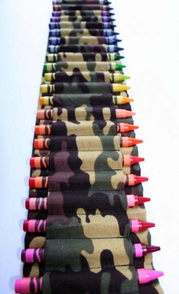 Bandolera infantil para las ceras de colores