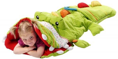 Saco de dormir con forma de cocodrilo